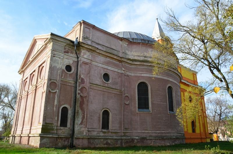 Biserica Haulik Periam (800x530)