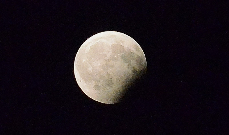 Eclipsa luna 2_01