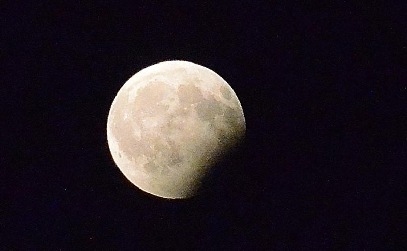 Eclipsa luna 4_01