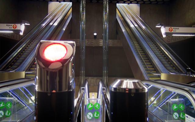 Az utazóközönség március 28-án 12 órától veheti igénybe az új metróvonalat, március 30-án üzemzárásig ingyenesen