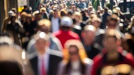 multime-oameni-people