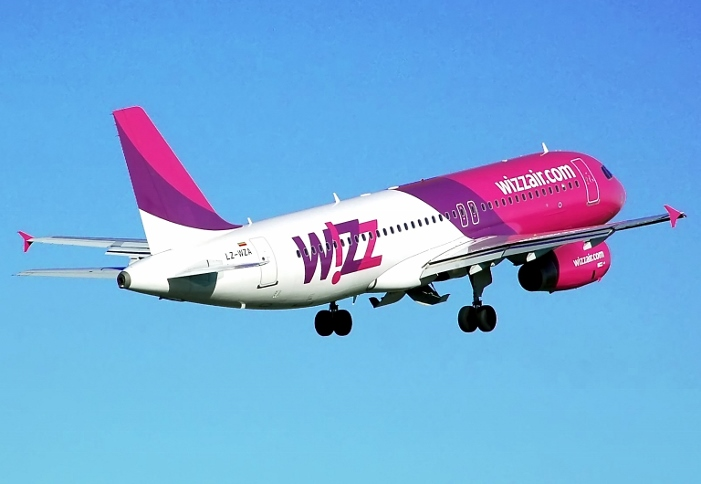 Wizz Air Airbus 320 (701x484)